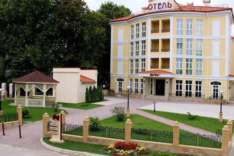 Первая большая награда наших друзей — отеля «Грей ИНН» в Крыму